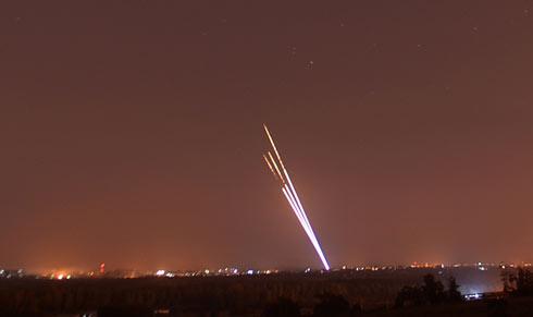 עשרות רקטות נורו בזמן קצר  (צילום: אבי רוקח) (צילום: אבי רוקח)