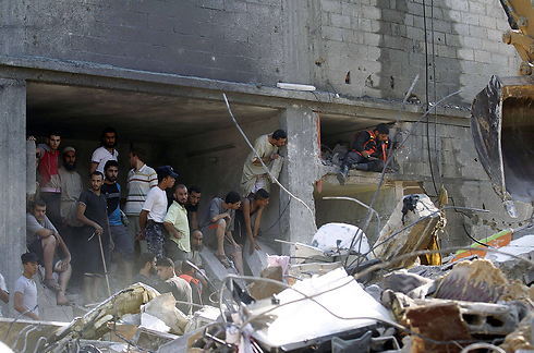 Rafah after attack, search for Goldin (Photo: AFP)
