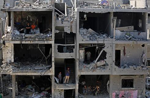 Homes destroyed in IDF strikes (Photo: EPA)