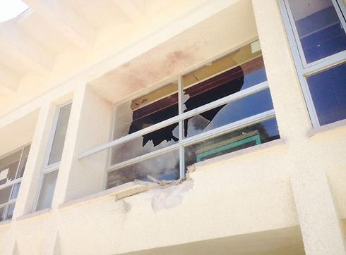 Dining hall in kibbutz in Sha'ar HaNegev suffers direct hit