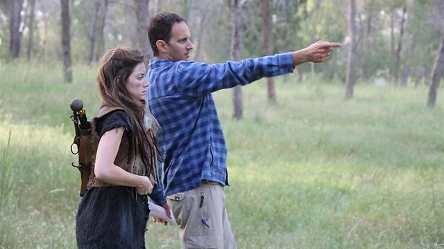 עודד רז מתדרך את אליאנה תדהר (צילום: גאיה נחמני) (צילום: גאיה נחמני)