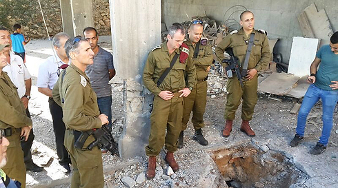 IDF commanders at scene (Photo: Ahiya Raved)