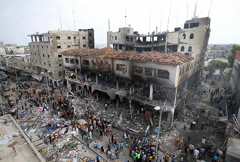 Destruction caused to a commercial building in Rafah (Photo: Reuters) (Photo: Reuters)