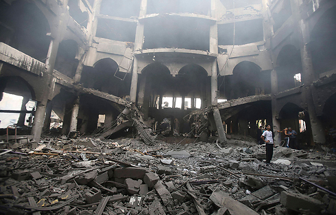 Destruction caused to commercial building in Rafah after IAF attack (Photo: Reuters)