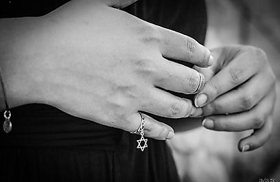הטבעת של סבתה סללה את הדרך חזרה ליהדות. יעל מונטמיור, בני האנוסים ממקסיקו (צילום: איילה טולוזה-קליין) (צילום: איילה טולוזה-קליין)
