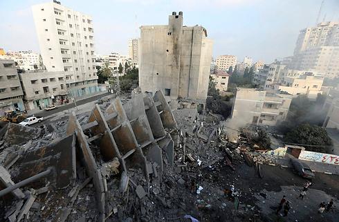 Gaza ruins (Reuters)
