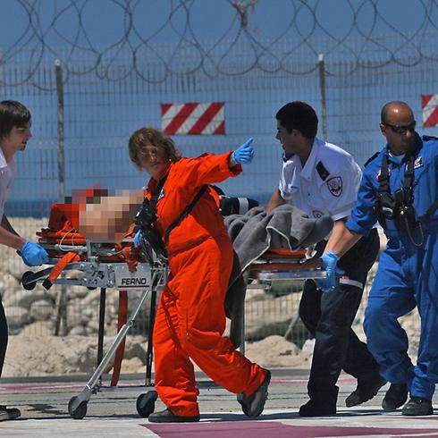 IDF soldier injured following Syrian spillover (Photo: Shay Vaknin, Tazpit News)