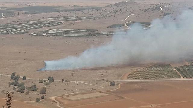Smoke from Syrian side of Golan (Photo: Ahiya Raved)