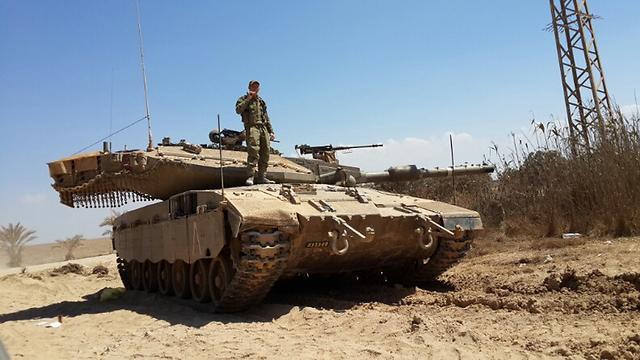 """כוחות צה""""ל בצוק איתן (צילום: יואב זיתון)"""