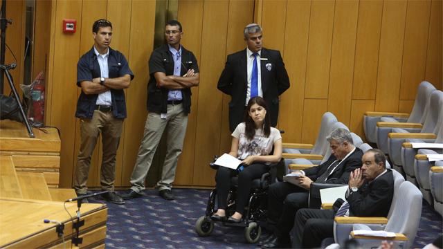 השר לפיד במהלך הדיון (צילום: גיל יוחנן) (צילום: גיל יוחנן)