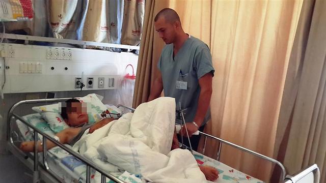 """עבר מסע לא פשוט. בן ה-12 במרכז הרפואי זיו (צילום: באדיבות בי""""ח זיו) (צילום: באדיבות בי"""