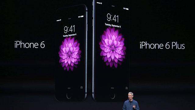 אייפון 6 ואייפון 6 פלוס, יתמכו בשירות התשלומים (צילום: AFP) (צילום: AFP)