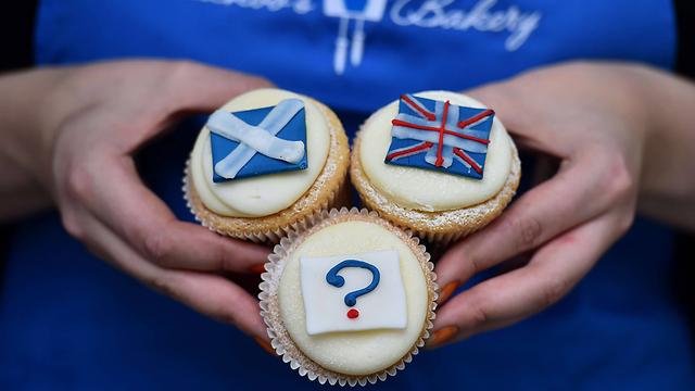 בחמישי בלילה נקבל תשובה לשאלה: לאן מועדות פני סקוטלנד? (צילום: AFP)