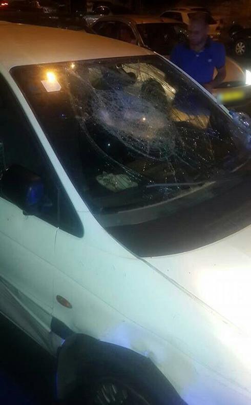 הרכב שבו נסע הפצועה ()