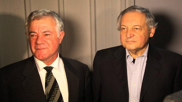 ממשלת גאורגיה חויבה לשלם 45 מיליון דולר לאיש העסקים הישראלי רוני פוקס (משמאל) (צילום: מוטי קמחי)