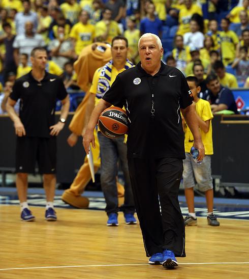עוזר מאמן מכבי תל-אביב, פיני גרשון (צילום: עוז מועלם) (צילום: עוז מועלם)