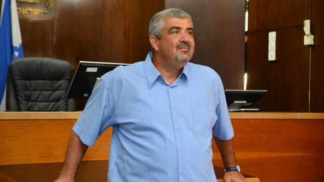 רוחו מרחפת מעל הבחירות. ראש העיר לשעבר שלומי לחיאני (צילום: מוטי קמחי) (צילום: מוטי קמחי)