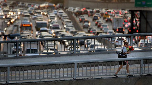 """כך נראית """"שעת השיא"""" בלוס אנג'לס (צילום: AP) (צילום: AP)"""