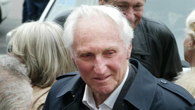 בהלווייתו של אפרים קישון, 2005 (צילום: צביקה טישלר) (צילום: צביקה טישלר)