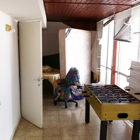 קומת הגג לפני השיפוץ ()