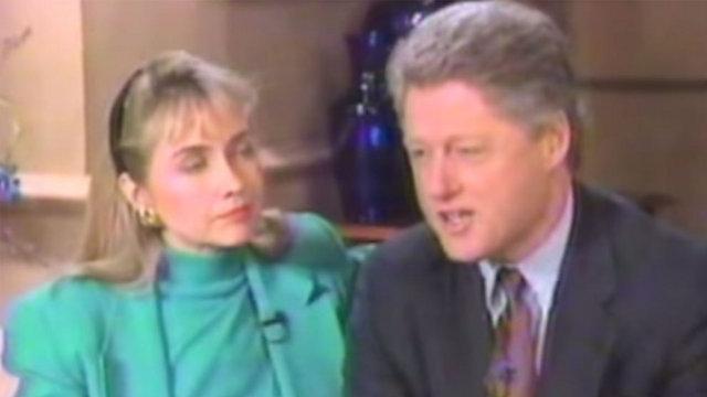 """עם הבעל ביל קלינטון בשנות ה-90. """"גם כשישראל טועה, האחריות של חמאס"""" (צילום: מתוך יוטיוב) (צילום: מתוך יוטיוב)"""