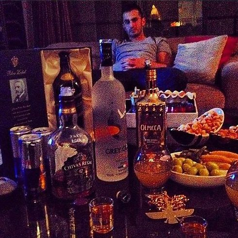 Top-brand liquor in the strictly dry country (Photo: Instagram)