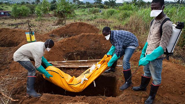 יותר מ-10,000 בני אדם מתו מהמגפה בליבריה לבדה (צילום: AFP) (צילום: AFP)
