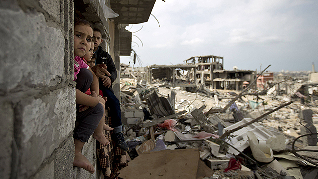 Destruction left in Gaza following the summer war (Photo: AFP) (Photo: AFP)