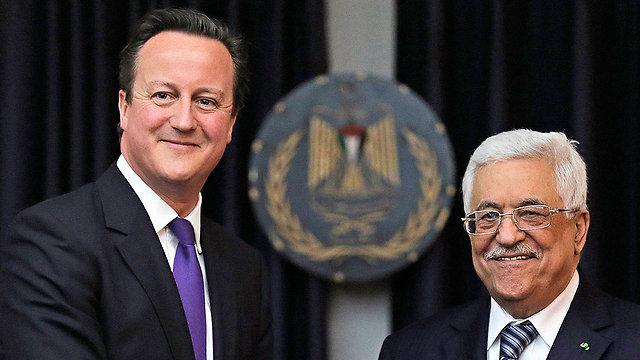David Cameron and Mahmoud Abbas (Archive photo: Reuters)