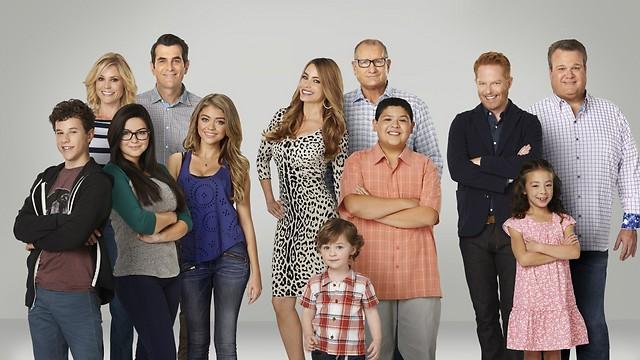 """""""משפחה מודרנית"""". במציאות סופיה ורגרה מרוויחה יותר מכל שאר המשפחה (צילום: באדיבות yes)"""