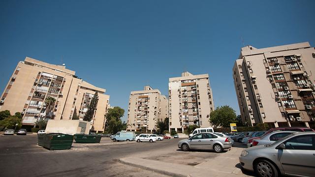 חולון. דירת 3 חדרים ב-1.3 מיליון שקל (צילום: בני דויטש) (צילום: בני דויטש)