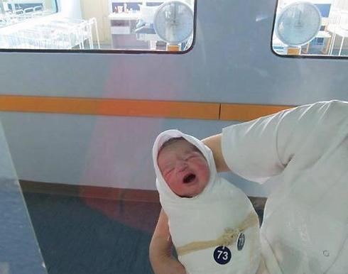 סטפן ג'וקוביץ' ביום הולדתו. מאז הוא גדל וכבר יש לו אחות (צילום: טוויטר)