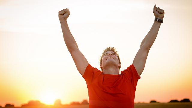 מדד האושר העולמי קובע שאנחנו שבעי רצון ומאושרים מהחיים (צילום: shutterstock)