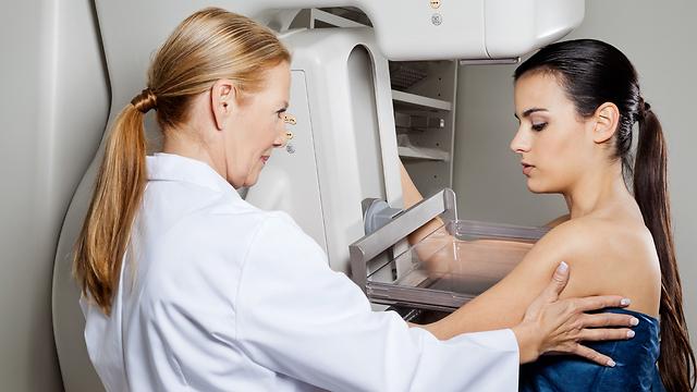במהלך ההריון לא מבצעים ממוגרפיה. קושי באבחון (צילום: shutterstock)