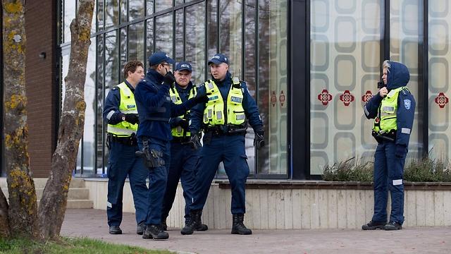 """הנשיא: """"טרגדיה לאסטוניה כולה"""" (צילום: AFP) (צילום: AFP)"""