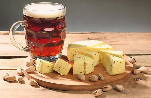 הולכת נהדר לצד גבינות (צילום: shutterstock) (צילום: shutterstock)