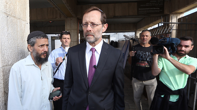 Likud MK Moshe Feiglin arriving at the Temple Mount (Photo: Gil Yohanan) (Photo: Gil Yohanan)