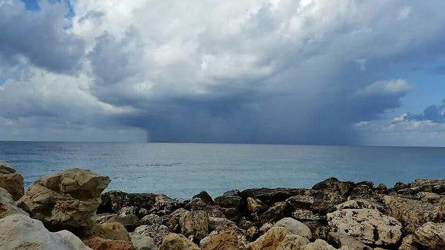 סתיו בחוף נהריה (צילום: יאיר ים (פוצקר))