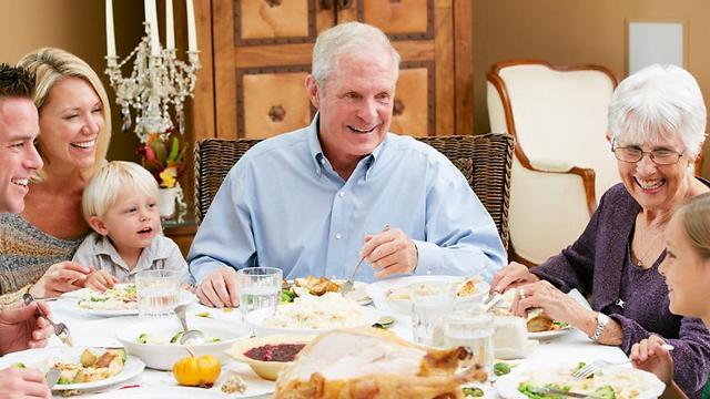 המתכון הטוב למניעת מחלות בגיל מבוגר: תזונה נכונה (צילום: shutterstock) (צילום: shutterstock)