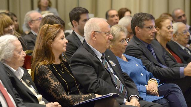"""בני משפחתו של רבין עם נשיא המדינה ורעייתו (צילום: מארק ניימן, לע""""מ) (צילום: מארק ניימן, לע"""