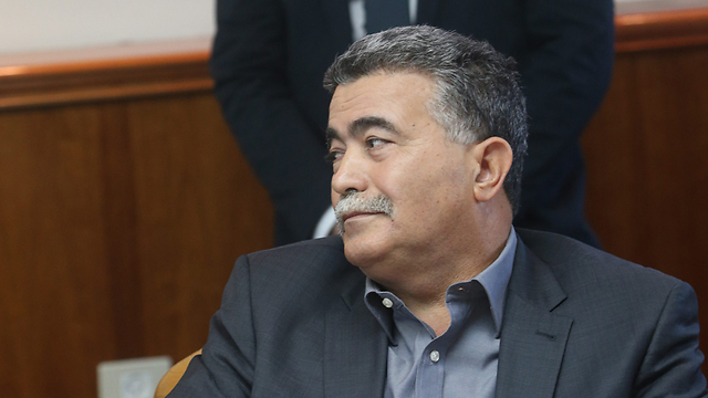 """פרץ. התפטרות לפני התקציב (צילום: אלכס קולומויסקי, """"ידיעות אחרונות"""" ) (צילום: אלכס קולומויסקי,"""