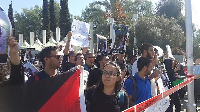 Tel Aviv University, Sunday morning. (Photo: Itay Blumenthal)