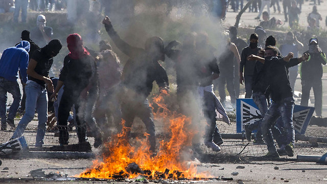 Rioters in Kafr Kanna (Photo: AFP)