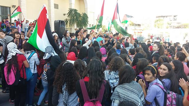 Arab-Israeli protest the shooting of Kheir Hamdan in Sakhnin in northern Israel on Monday. (Photo: Ido Beker) (Photo: Ido Beker)