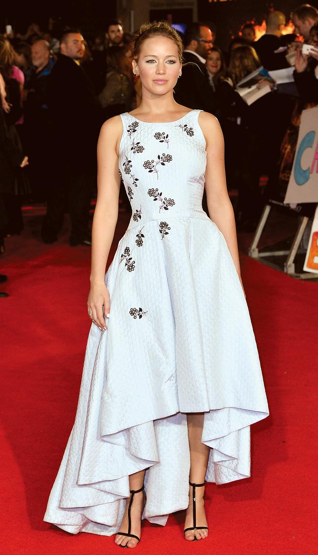 וזו השמלה שהיא לבשה בפרמיירה (צילום: gettyimages)