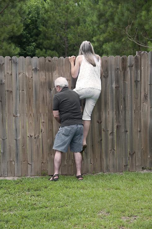 אחד התפקידים של חברות הניהול הוא לגשר על סכסוכי שכנים. אילוסטרציה (צילום: שאטרסטוק) (צילום: שאטרסטוק)
