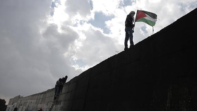 תכננו לבקר בגדר ההפרדה (צילום: AFP) (צילום: AFP)