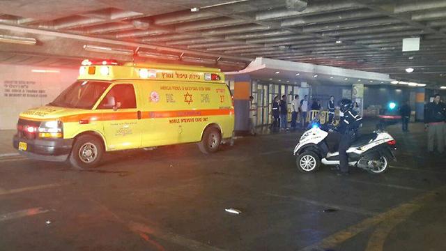 The wounded are evacuated (Photo: Kobi Nachshoni) (Photo: Kobi Nachshoni)