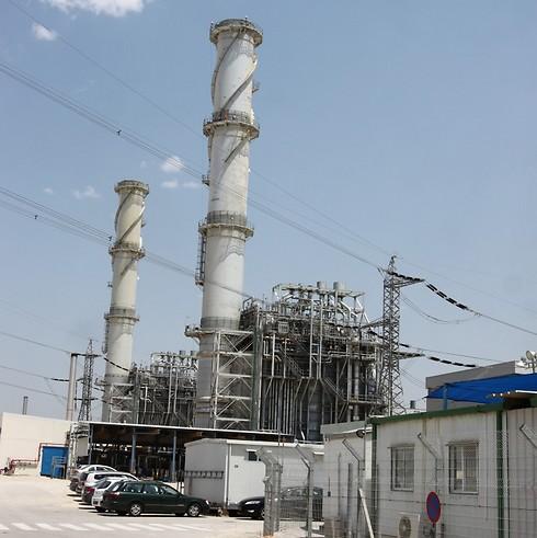 תחנת כוח של חברת החשמל. במקום הראשון ברשימת המזהמות: רוטנברג באשקלון (צילום: אבי מועלם) (צילום: אבי מועלם)