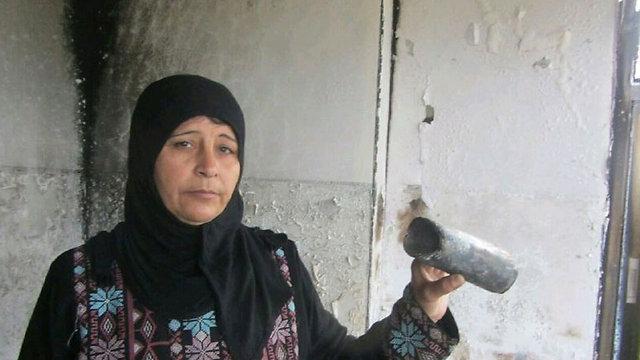 בעלת הבית, הודא אבו ראני (צילום: איאד חדד, בצלם)